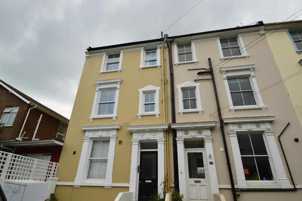 Quarry Road, Hastings, East Sussex, TN34 3SA
