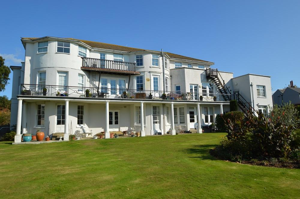 Belle Hill, Bexhill on Sea, East Sussex, TN40 2AR